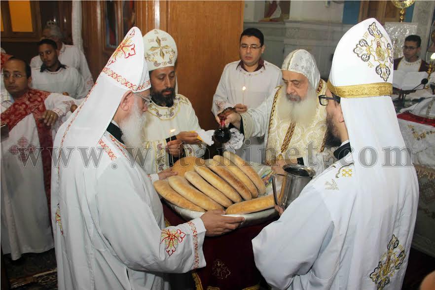رسامة شمامسة جدد بكنيسة الأنبا أرسانيوس بكوتسيكا