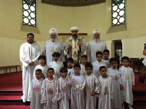 معمودية أطفال وسيامة شمامسة جدد بشمال فرنسا2
