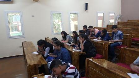 ابناء إيبارشية بنها يبدأون دراسة الإنجليزية