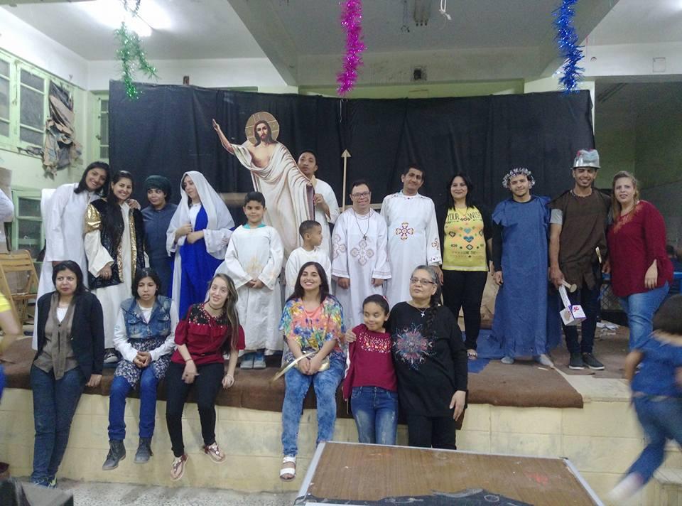 بالصور..أسرة الأنبا إبرام لذوي القدرات الخاصة بالسويس تحتفل بعيد القيامة