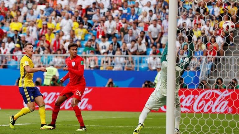 إنجلترا تحرز الهدف الثاني في شباك السويد
