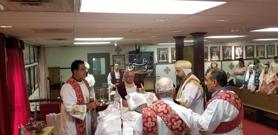 أسقف بنسلفانيا يحتفل بعيد التجلي ويقيم أول قداس بكنيسة الأنبا انطونيوس بميرلاند