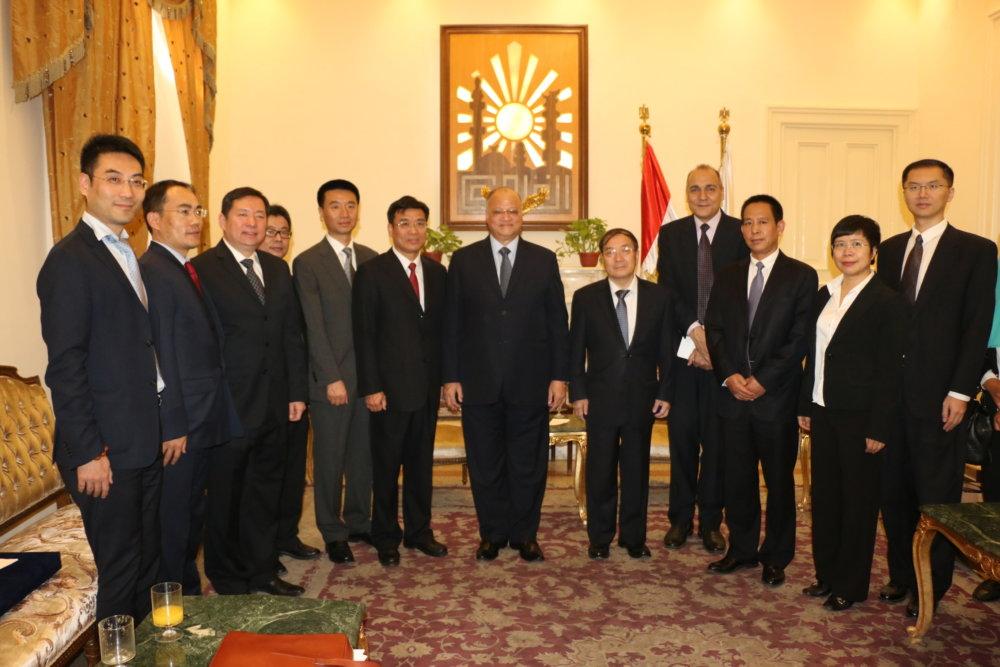 محافظ القاهرة يستقبل نائب عمدة بكين