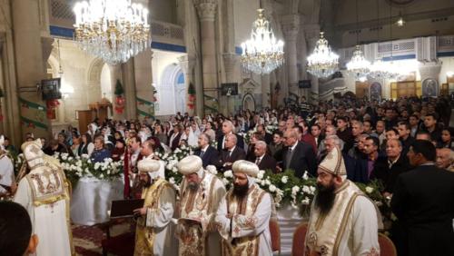 البابا تواضروس يشرح طقس اللقان وفوائد المياه بالكاتدرائية المرقسية بالإسكندرية