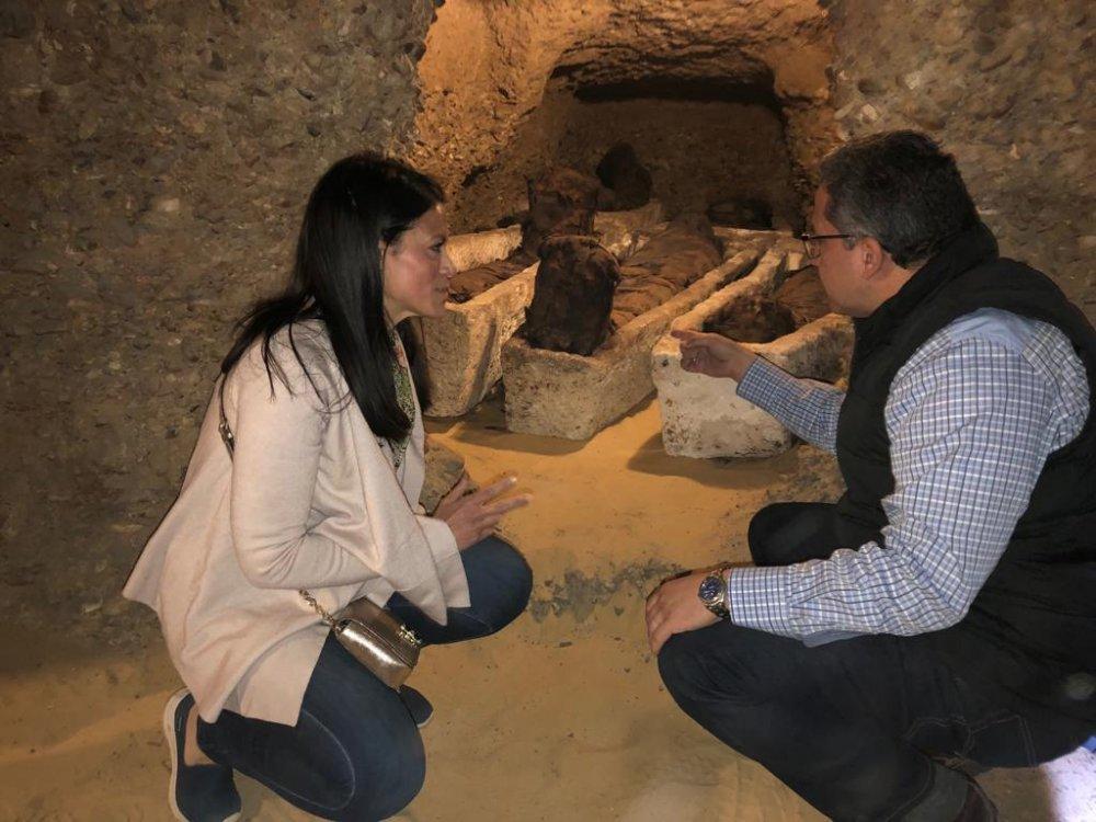 """خبيئة للمومياوات و آبار دفن في الأكتشاف الأثري لبعثة لجامعة المنيا ووزارة الأثار بـــ""""تونا الجبل"""""""