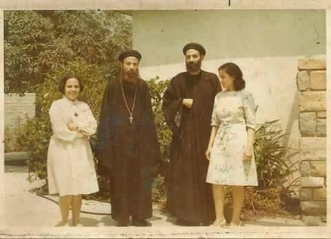 """بمناسبة ذكرى نياحته ..تداول صور نادرة  للقمص"""" بيشوي كامل"""""""