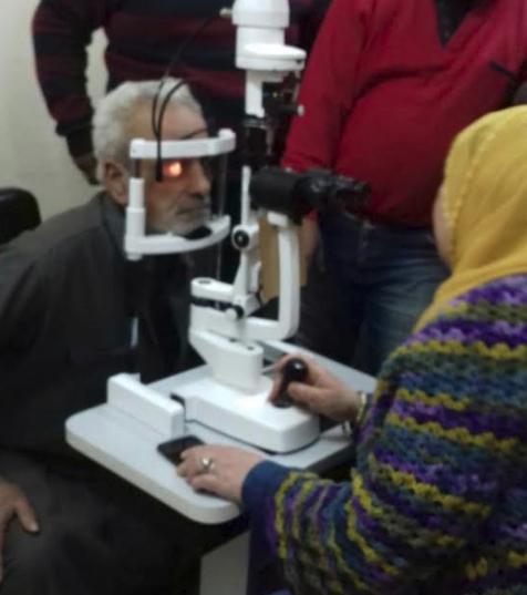 """""""صناع الخير وأوركيديا"""" يسلمان جهاز فحص قاع عين لمستشفى رمد الفيوم"""
