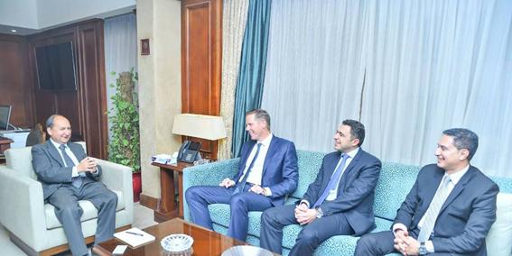 """وزير التجارة  يبحث مع """"شنايدر العالمية"""" خطط الشركة التوسعية في السوق المصرية"""