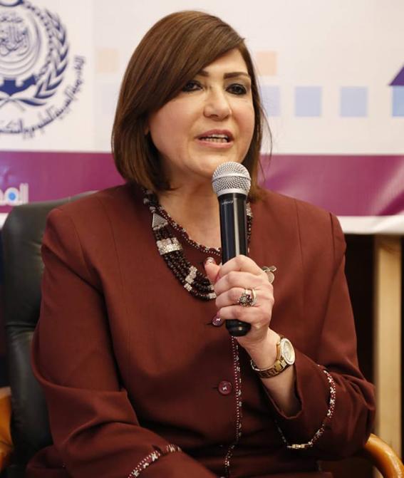 """قومي المرأة يشارك بمؤتمر كلية الآداب """"القوى الناعمة وصناعة المستقبل"""""""