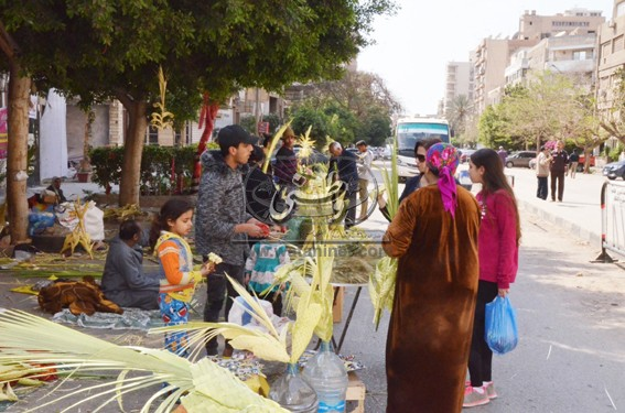 المصريون يحتفلون بتذكار دخول المسيح أورشليم ..أحد الشعانين ما هو و لماذا نحتفل به؟