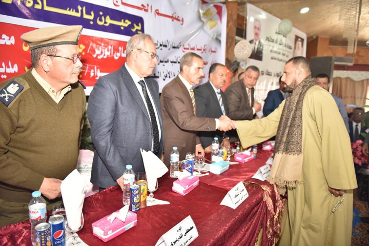 """تفعيل المبادرة """" أسيوط بلا ثأر """"المحافظ ومدير الأمن يشهدان انهاء خصومة ثأرية"""