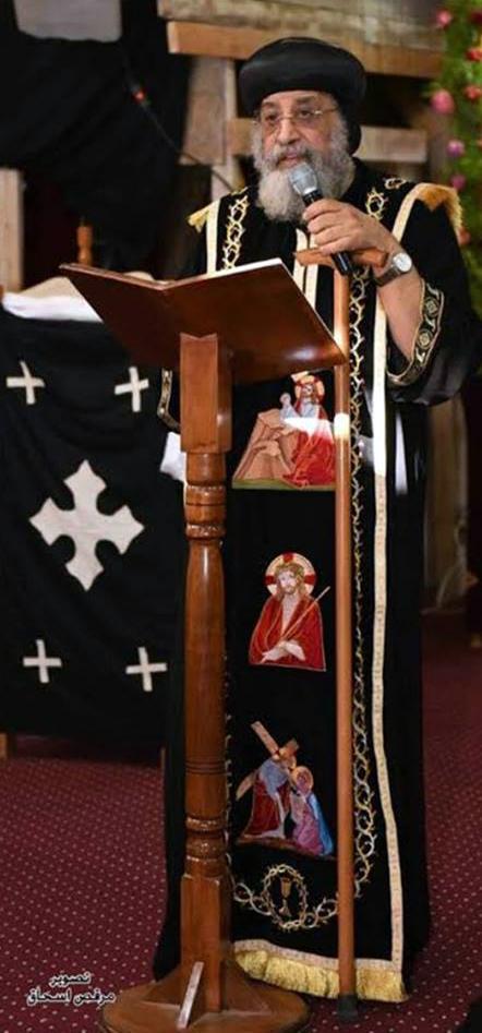 البابا تواضروس يصلي الجمعة العظيمة بالكاتدرائية