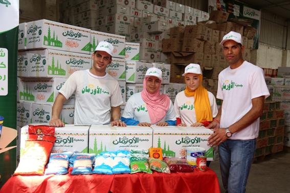 توزيع 3 آلاف كرتونة مواد غذائية و10 آلاف كيلو لحوم على غير القادرين بالإسكندرية