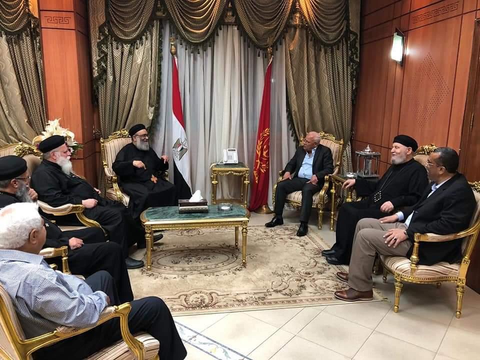 محافظ بورسعيد يستقبل وفد من الكنيسة للتهنئة بذكري العاشر من رمضان