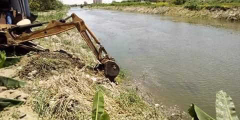مهندسي الري يتفقدون أعمال تمهيد وتسوية الجسور بترعة الإسماعيلية
