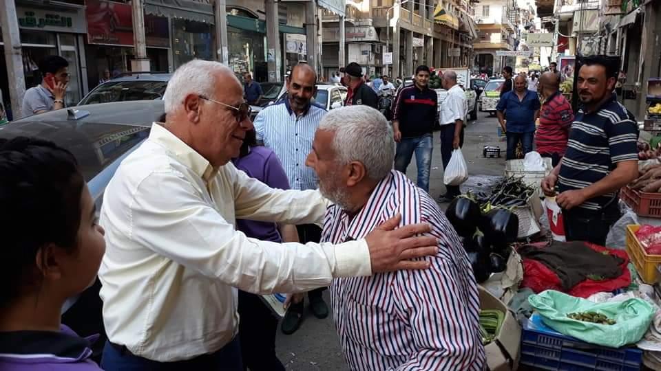 محافظ بورسعيد يتفقد توافر المواد الغذائية والإلتزام بالأسعار