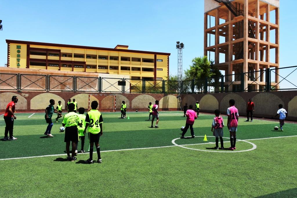 عرض مباريات كأس الأمم الأفريقية بالمجان داخل مراكز الشباب بأسوان