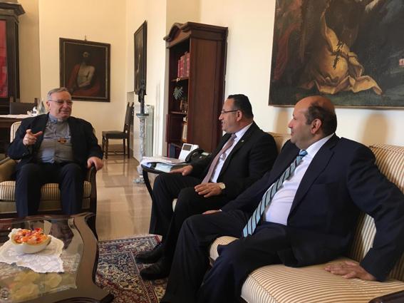 محافظ الاسكندرية يلتقي أسقف مدينة اجريجينتو الايطالية على هامش زيارته لإيطاليا