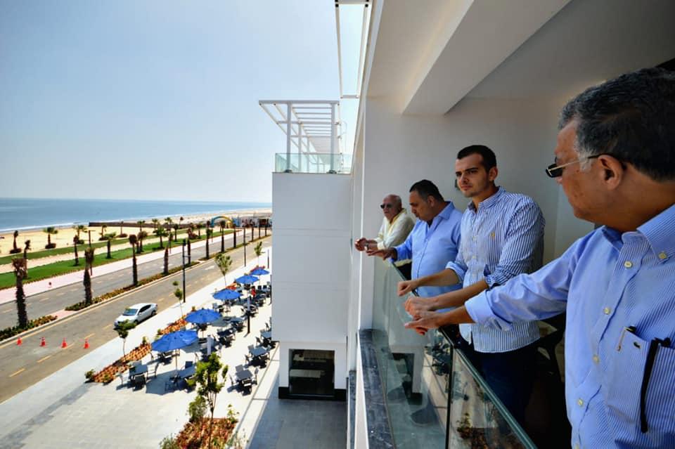 المحافظ يتفقد العمل في اول فندق خمس نجوم ببورسعيد