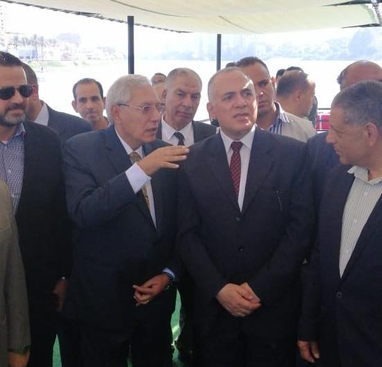 وزير الري ومحافظ الدقهلية يفتتحان 4 مراسي للأتوبيس والتاكسي النهري بالمنصورة