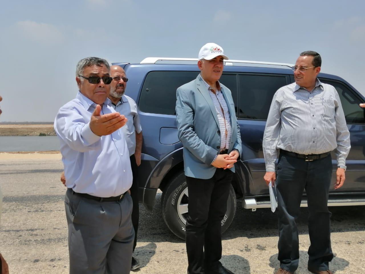 وزير الري يتفقد مشروعات تنمية شمال سيناء