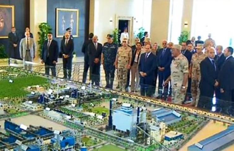 """الرئيس السيسي يفتتح مجمع الأسمدة الفوسفاتية.. ويأمر   بتطوير طريق"""" السويس الاسماعيلية"""""""