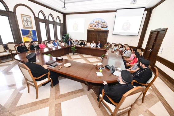 قداسة البابا تواضروس يلتقي كهنة ومجلس كنيسة العذراء بالتجمع الخامس