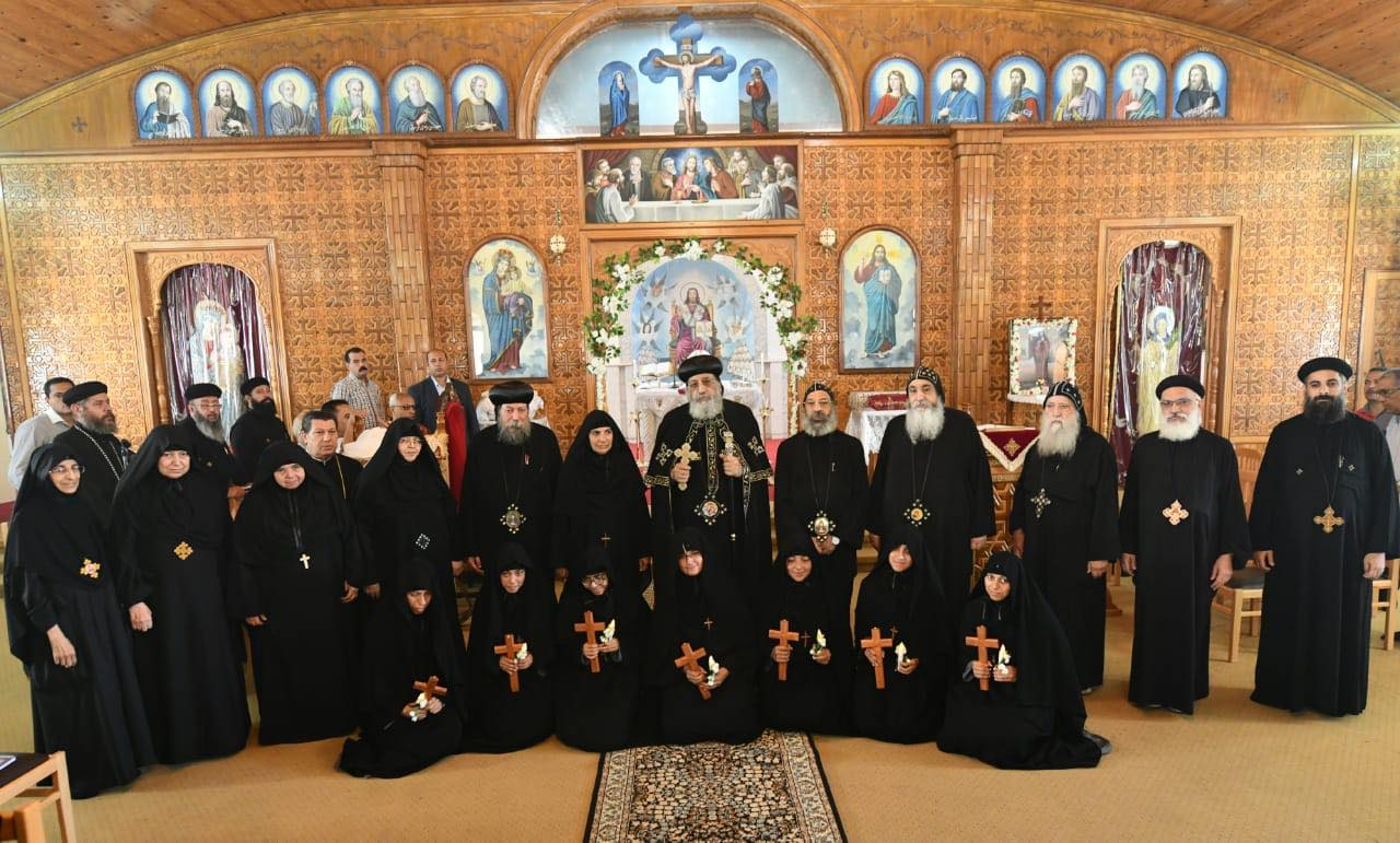 ٧ راهبات جديدات لدير مارجرجس حارة زويلة وسيدي كرير