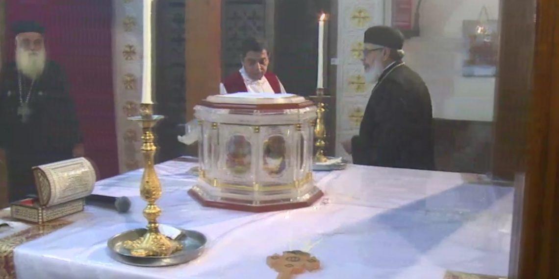 بدء عشية عيد النيروز قبل اجتماع الأربعاء الأسبوعي في الكاتدرائية