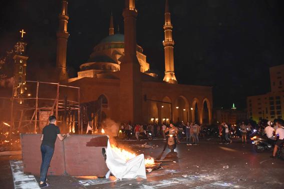 """""""البطريرك الماروني"""" يعلّق على التظاهرات الشعبية بـ """"لبنان"""""""