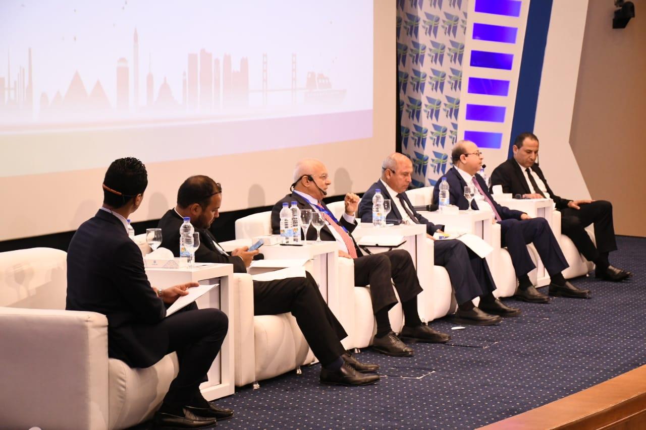 مستثمرون: الدولة المصرية قامت بعدة إجراءات لتحقيق الاستقرار في السوق