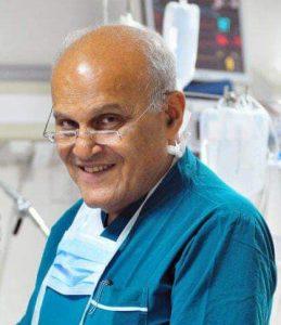 تداول صور نادرة للدكتور مجدي يعقوب بمناسبة عيد ميلاده