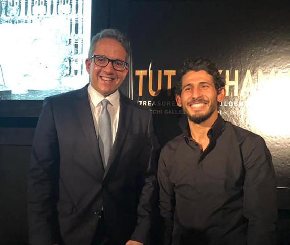 لاعب منتخب الكرة المصري أحمد حجازي يحضر افتتاح معرض توت عنخ آمون