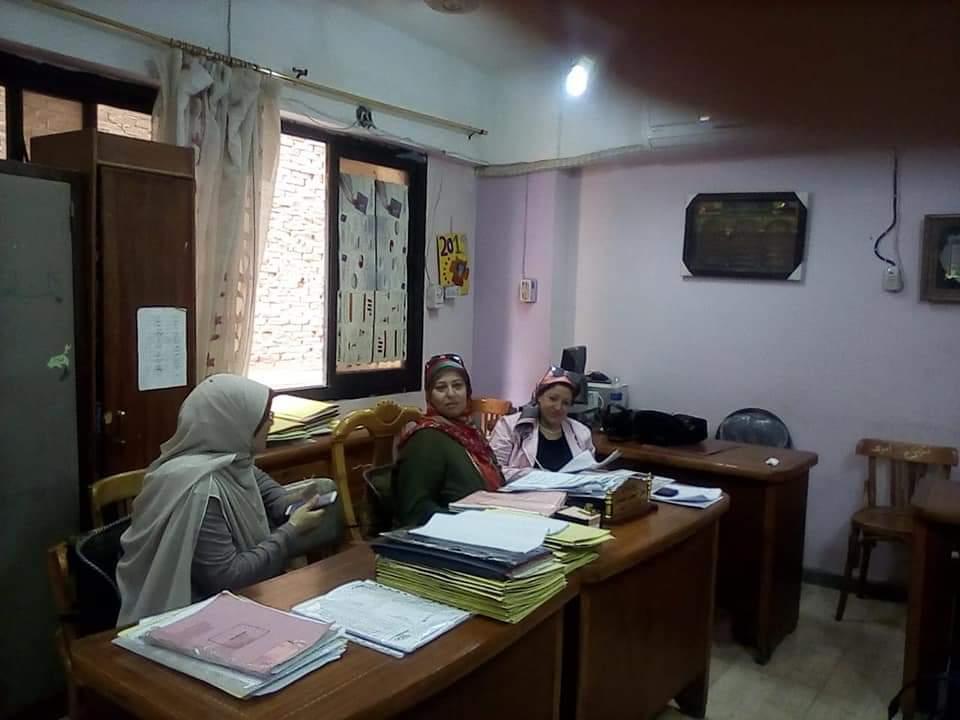 """""""حجازي"""" يترأس لجنة لمتابعة إدارة الهرم في ثاني يوم لانطلاق القوافل التعليمية بالجيزة"""