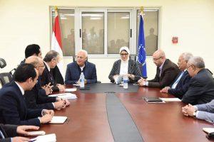 محافظ بورسعيد يشيد بمستوى التطور الذى تم إنجازه بمستشفيات الرمد والسلام ببورسعيد