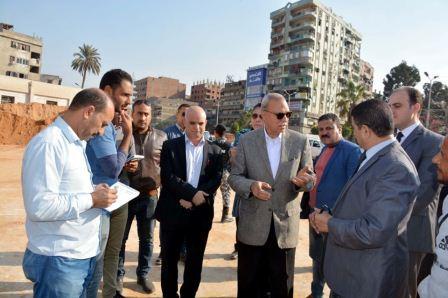 محافظ القليوبية يقوم بجولة لمشروعات مدينة شبرا الخيمة لدفع الأعمال وتفقد شوارعها