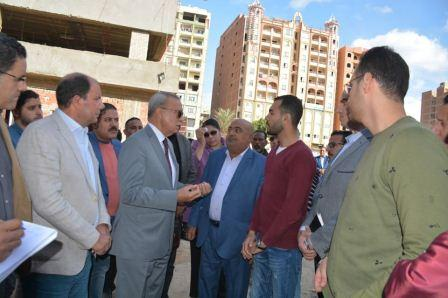 محافظ القليوبية يقوم بجولة لمدينة القناطر لتفقد عددٍ من المشروعات الخدمية بها