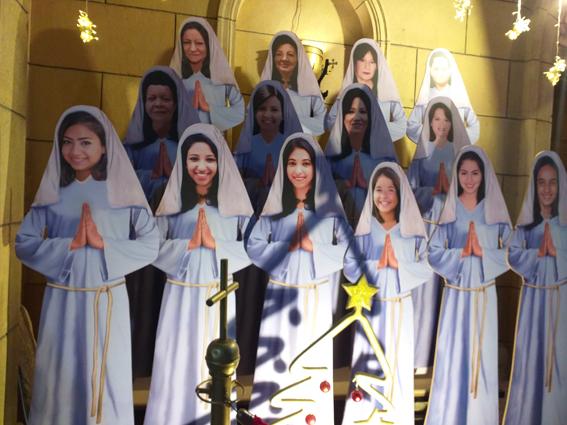 أجراس كنيسة البطرسية تعلن بدء احتفالها بالذكرى الثالثة لشهدائها