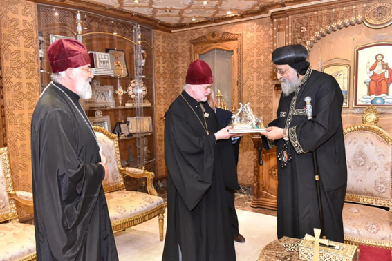البابا تواضروس  يستقبل مطران الكنيسة الروسية ببلجيكا