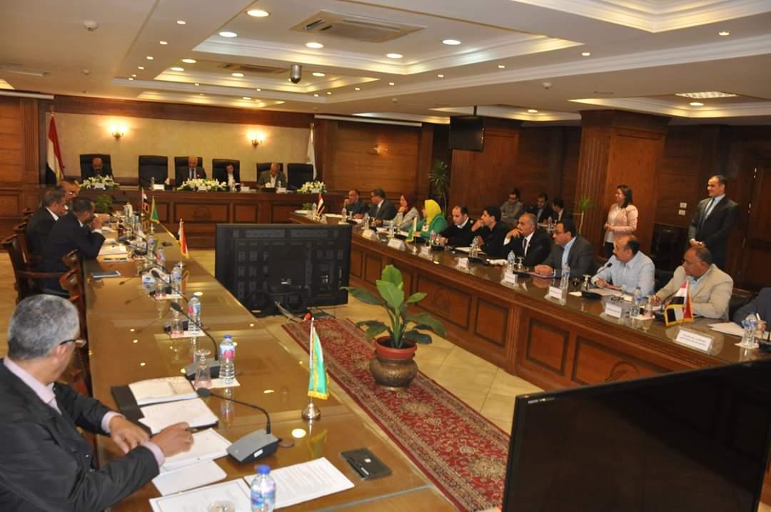لقاء محافظ الجيزة الدورى بأعضاء مجلس النواب