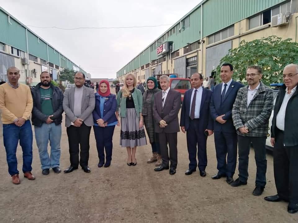 القائمة بأعمال السفارة الروسية بالقاهرة تزور المنطقة الصناعية والأنفاق ببورسعيد