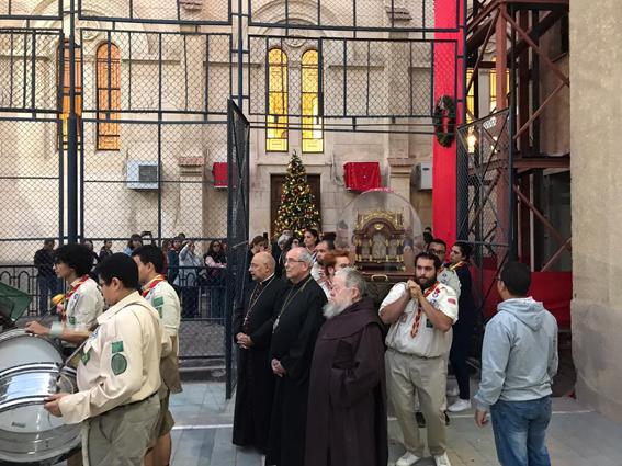 وصول رفات القديسة تريزا الطفل يسوع لكنيسة الأرمن الكاثوليك بمصر الجديدة