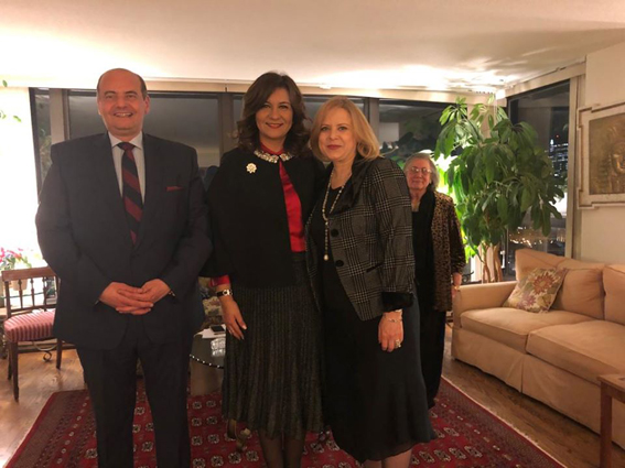 وزيرة الهجرة تلتقي عدداً من رموز الجالية المصرية بشيكاغو