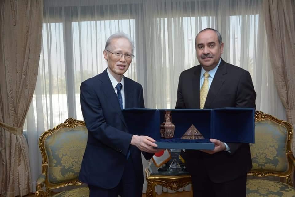 وزير الطيران المدنى يستقبل سفير دولة اليابان بالقاهرة