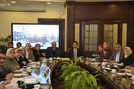 جامعة الإسكندرية: مناقشة كافة الرسائل العلمية المحدد ميعادها سلفًا مع الاخذ في الأعتبار تقليل عدد الحضور