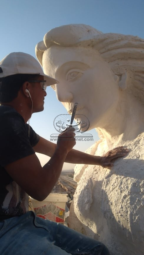 """""""وطني"""" تحاور مينا حكيم نحات تمثال الملاك ميخائيل"""