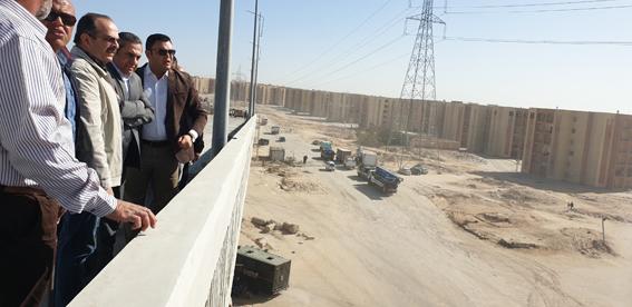 """مسئولو """"الإسكان"""" يتفقدون مشروعات مدينتى 6 أكتوبر و""""أكتوبر الجديدة"""""""