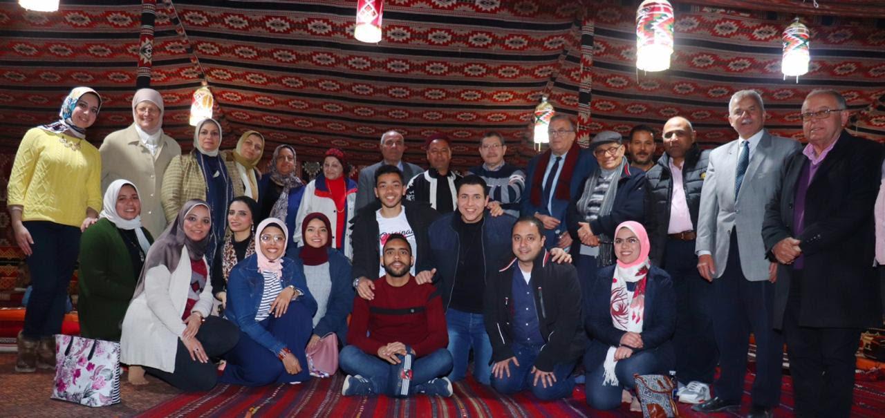 تكريم أعضاء القافلة الشاملة لجامعتى الإسكندرية ومطروح إلى منطقة برانى والسلوم