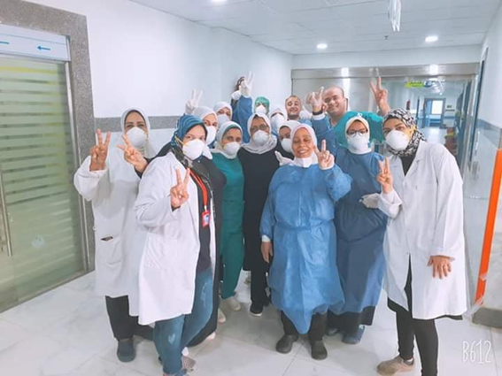 بالصور.. خروج 6 حالات جديدة اليوم من مستشفي الحجر الصحي بالعجمي