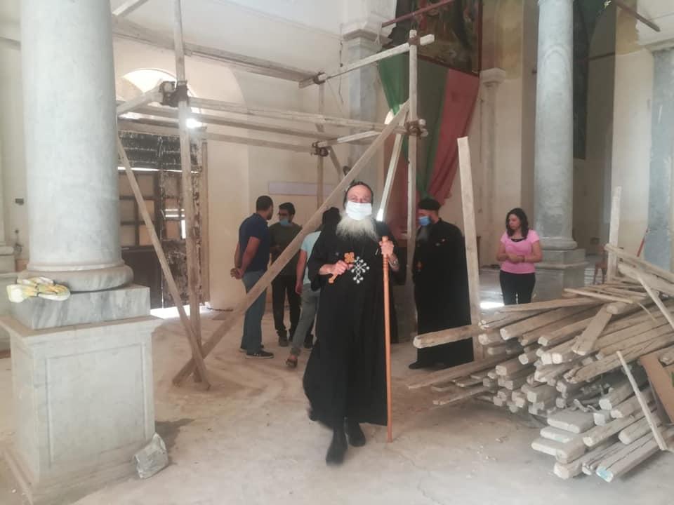 """الأنبا بولا يتابع أعمال الترميم بكنيسة مارجرجس ومشورع مبنى """"الفلك"""" لذوى القدرات"""